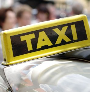 Яндекс.Такси Uklon Uber Sony Яндекс Алису МТС