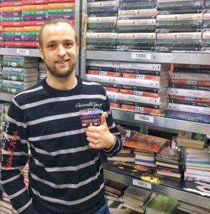 Владислав Цюк, владелец магазина Happy Brain - фото