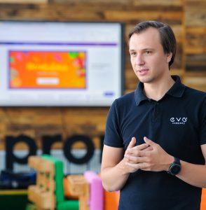 Иван Портной, CEO Prom.ua - фото
